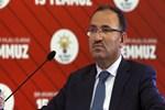 Adalet Bakanı Bekir Bozdağ'dan 'tek tip kıyafet' açıklaması