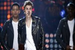 Justin'in konserinde dehşet!