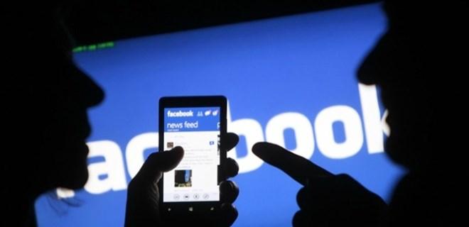 Facebook kullanıcılarını gizlice izleyebileceği bir patent aldı