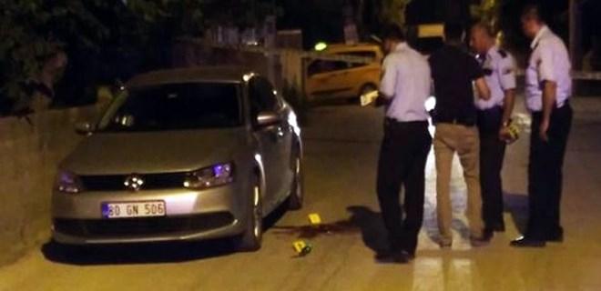 Belediye başkanının yakın korumasına silahlı saldırı