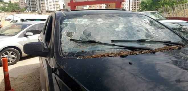 Siirt'te kaymakam aracına bombalı saldırı