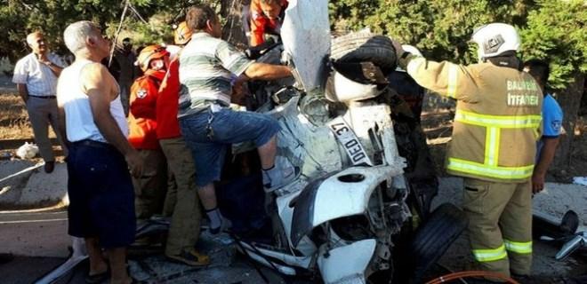 Ayvalık'ta feci trafik kazası!..