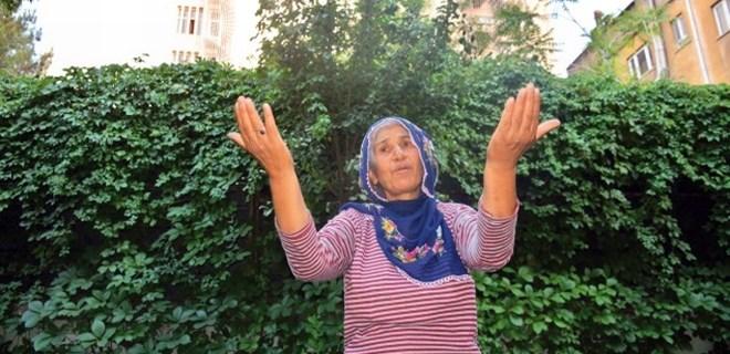 Oğulları PKK'nın ağına düşen anne tek başına meydan okudu