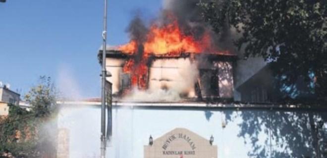 Mimar Sinan'ın eseri tarihi Büyük Hamam yandı!