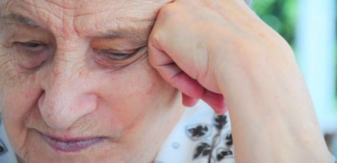 Alzheimer'ı gözünden tanı!