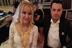 Aşiret düğününde takı yağdı
