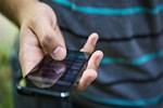 Arama tuşuna basar basmaz telefonu kulağınıza götürmeyin