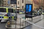 Stockholm'de bıçaklı saldırı şoku!