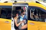 Kaan Tangöze'den taksiciyle sıkı pazarlık!