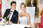 Umut Sezgin evlendi!