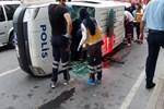 Ataşehir'de polis aracı devrildi