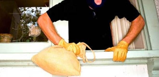 Çatalca'da akıl almaz hırsızlık!