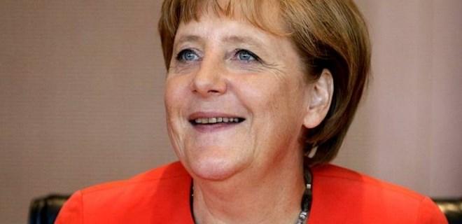 Alman gazetesi Merkel'i uyardı!