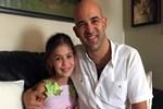5 yaşında oyuncu oldu 8 yaşında şarkı söyledi!