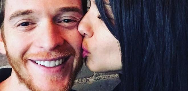 Adriana Lima'dan Metin Hara'ya aşk öpücüğü!