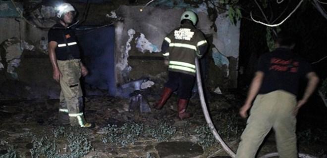 Evini ateşe verdiği iddia edildi