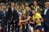 Voleybolda, Spor Toto Erkekler Şampiyonlar Kupası'nda Halkbank'ı 3-1 mağlup eden Fenerbahçe...