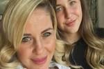 Emine Ün'den anne-kız selfiesi!...