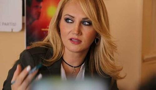 Pınar Aydınlar'a 10 ay hapis