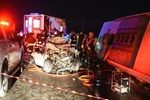 Sivas'ta yolcu otobüsü ile bir otomobil çarpıştı