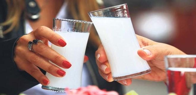 İzmir'de içkili bölgeler AKP'yi böldü!