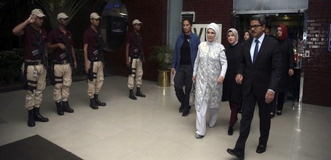 Emine Erdoğan Bangladeş'e gitti