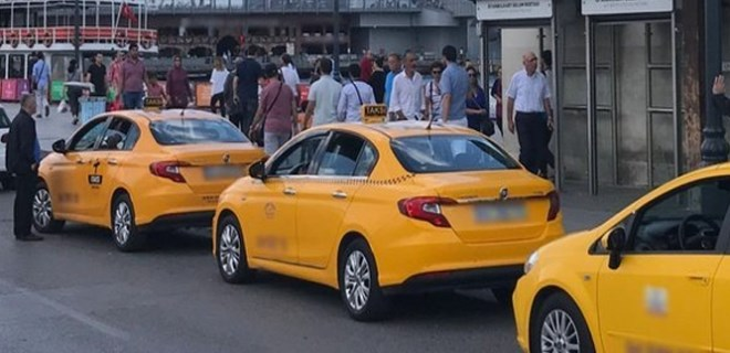 İstanbul'da taksi ve dolmuşa zam!