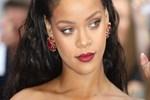 Rihanna'dan olay yaratan sözler!