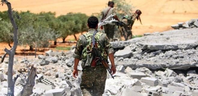 ABD ve İngilizler PKK kıyafeti giyiyor
