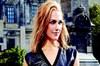 Ünlü oyuncu Meryem Uzerli'nin sosyal medya hesabı üzerinden paylaştığı küvet pozları menajerlik...