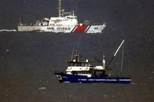 Kardak'ta Türk ve Yunan botları arasında gerginlik!