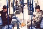 Mesut Özil metroda mesut