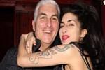 Amy Winehouse'un hayaletine koştular!..