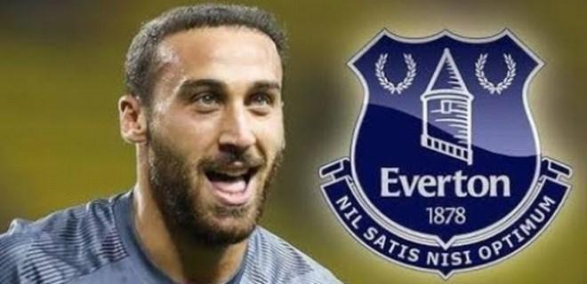 Cenk Tosun, rekor ücretle Everton'da!