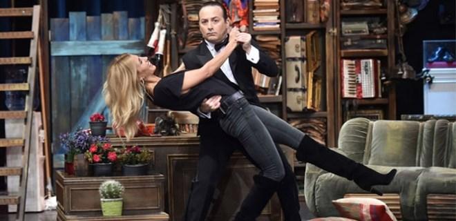 Tolga Çevik ve Çağla Şıkel'den eğlenceli tango