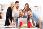 Ofiste gülmenin 5 faydası!