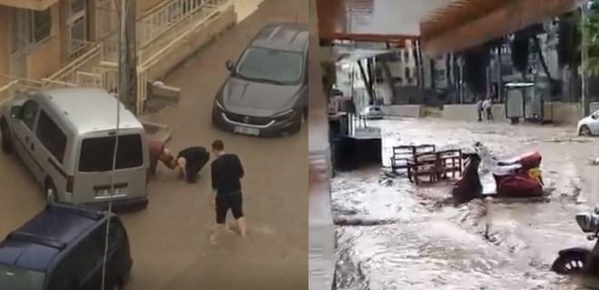 İzmir'i, dakikalar içerisinde etkili olan sağanak vurdu