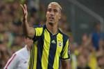 Fenerbahçe'de ilk yolcu Nabil Dirar