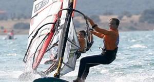Denizde Çağla Kubat rüzgarı