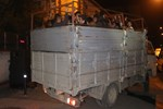Kamyon kasasında 42 Pakistanlı mülteci yakalandı