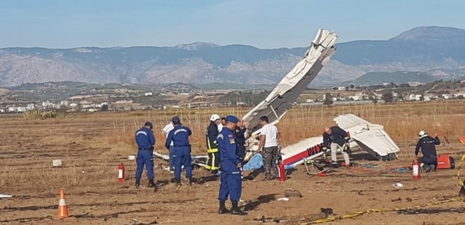 Antalya'da keşif uçağı düştü!...