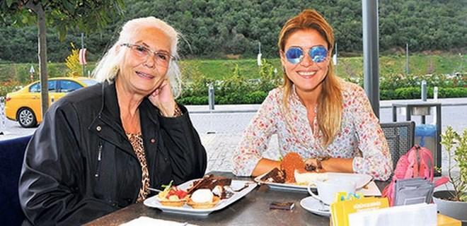 Gülben Ergen'in anne-kız günü