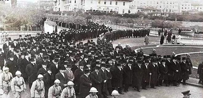 Ulu Önder Atatürk böyle uğurlandı