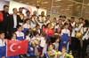 24. Dünya Karate Şampiyonası'nda 6 madalya toplayan Karate Milli Takımı yurda döndü.