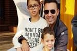 Mustafa Sandal oğullarıyla tatile çıktı