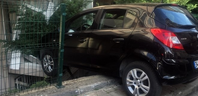 Beşiktaş'ta garip trafik kazası!