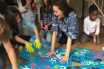Fahriye Evcen Almanya'da çocuklarla buluştu