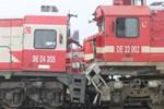 Sivas'ta yolcu treni ile yük treni çarpıştı!