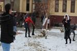 Erzurum'da kar yağışı ve soğuk hava etkili oldu