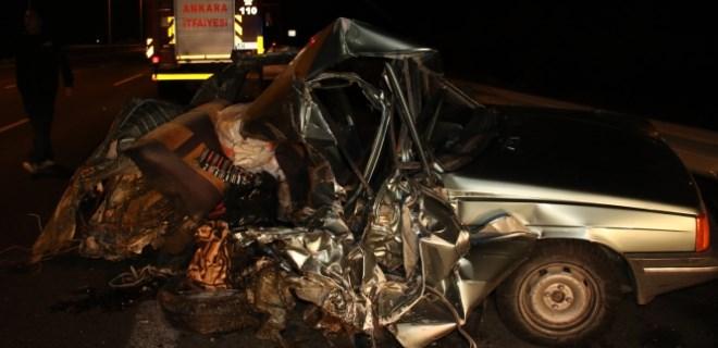 Başkent'te anne ve oğlu feci kazada hayatını kaybetti